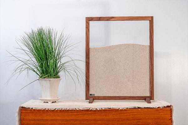 desktop ant farm with natural wood frame